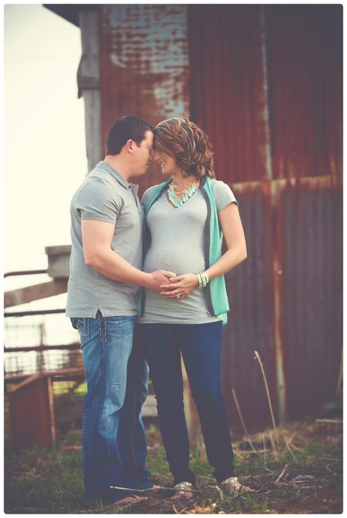 Melissa Rieke Photography ~ Kansas City Maternity Photographer
