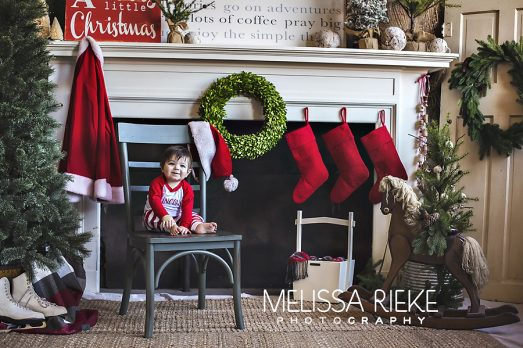Very VIntage Christmas Mini Pictures Session